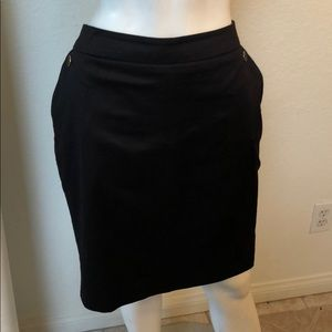 H & M Black Pencil Skirt with Hip Pockets Size 8